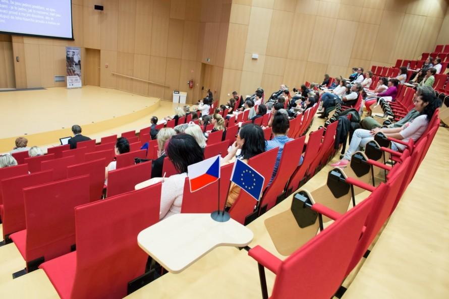 Foto z konference vzdělávání bez bariér IV